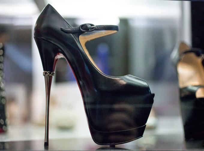 Killer-heels-03